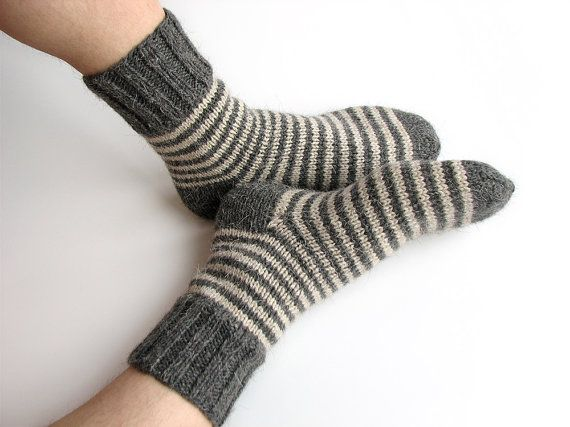 Size 43-44 EU Hand knitted lambswool socks