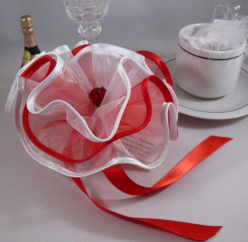 Red And White Satin Edge Oniere Netting Wedding Favour