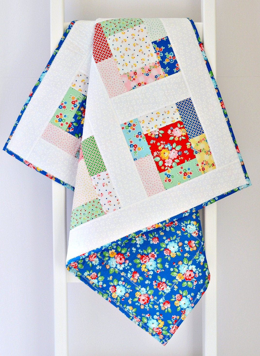 unisex green white red patchwork coton fabric and batting and minky back Baby quilt blanket handmade and unique for a girl or a boy