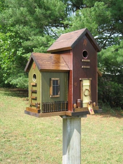 Fancy wooden bird houses bird houses people make i for Birdhouse ideas
