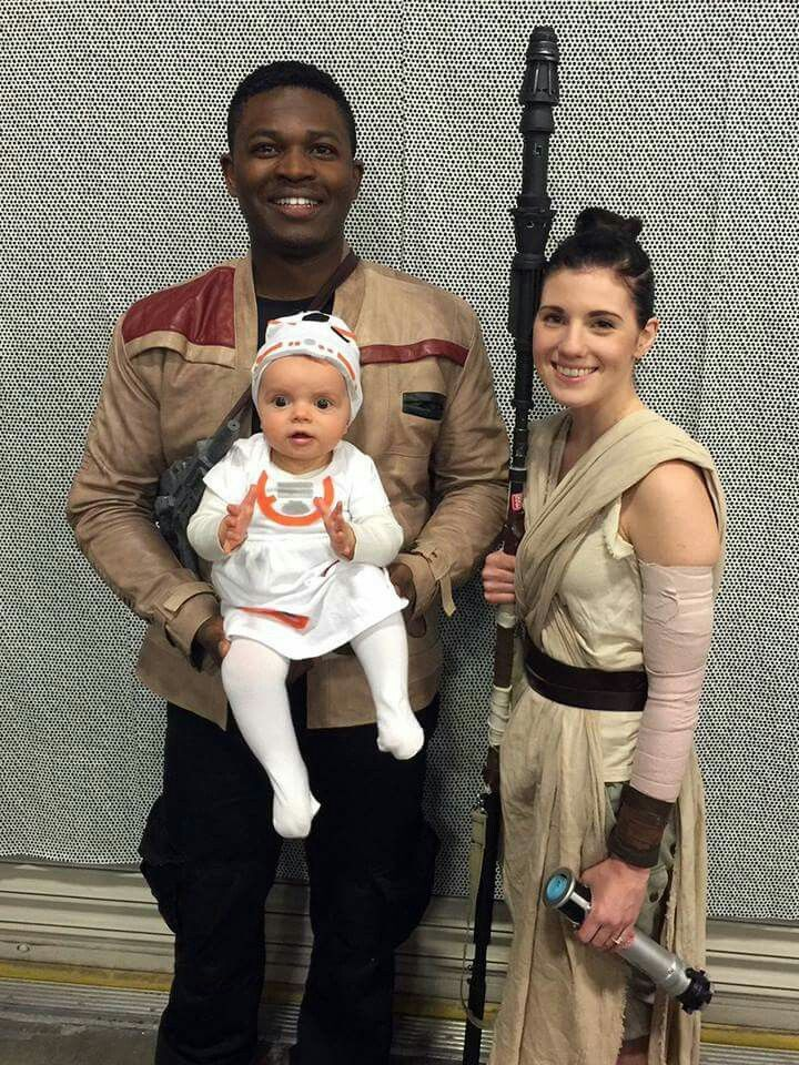 Cute Family Disney Halloween Costumes.Cute Family Interracial Couples Love Family Cosplay Family