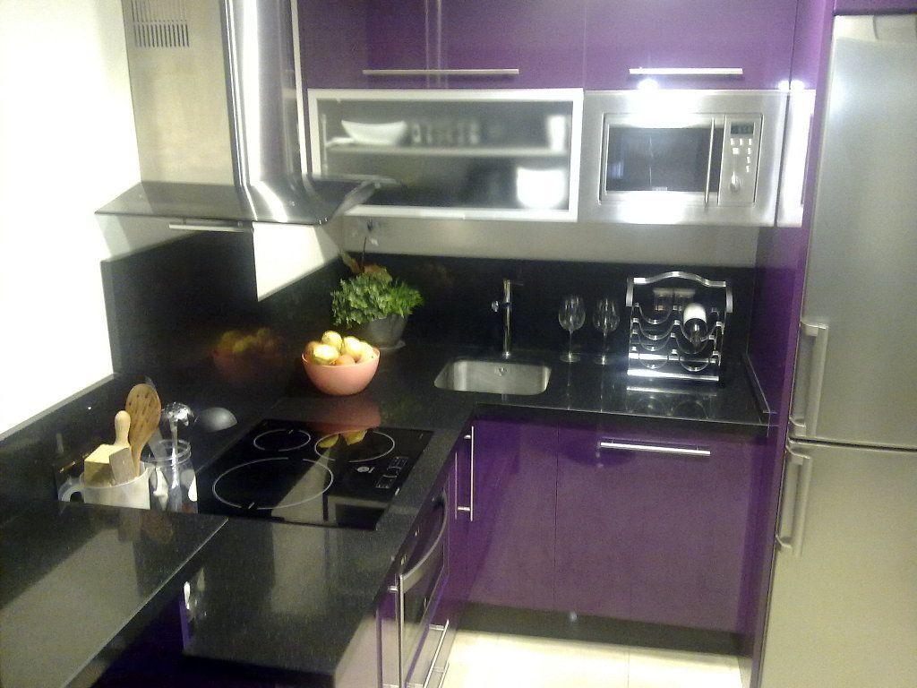 Morada y cubierta negra muebles cocina en 2019 cocinas muebles y cubiertas - Eurokit cocinas ...