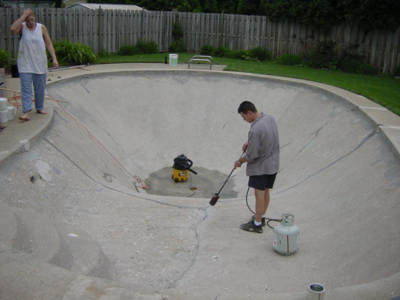 Marvelous Drying/torching Concrete   Pool Waterproofing
