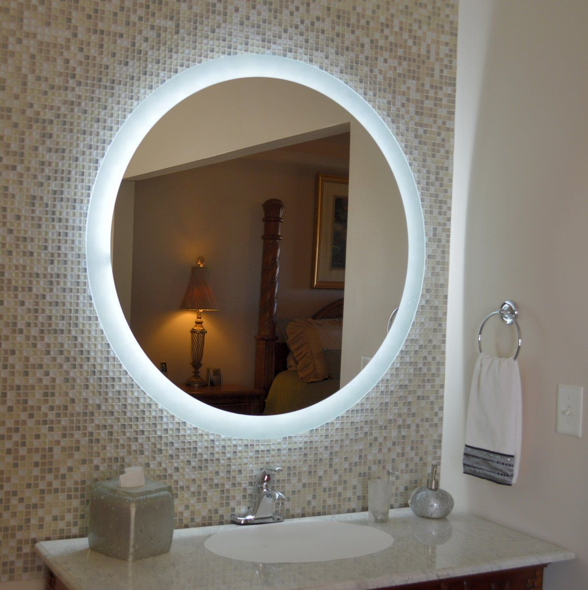 Side Lighted Led Bathroom Vanity Mirror 40 X 40 Round Wall
