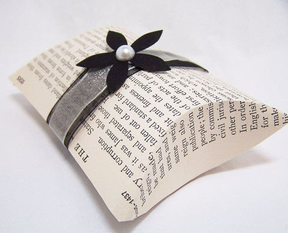 Items similar to 5 Vintage Book Page Pillow Boxes -DIY KIT -Wedding Decoration -Black and White Wedding -DIY Wedding Accessory -Wedding Gift Accessory on Etsy