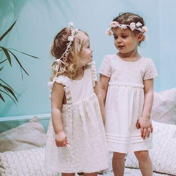les petites filles d honneur par lorafolk mariage sarah. Black Bedroom Furniture Sets. Home Design Ideas