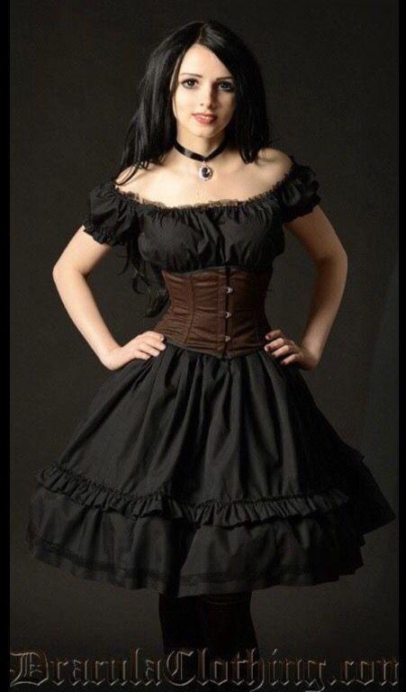 Draculaclothing Model--> Mamiko