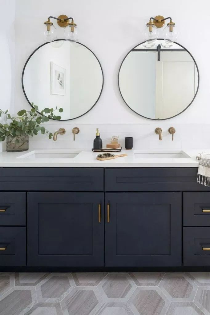 70 Stunning Modern Farmhouse Bathroom Decor Ideas Bathroomideas Bathroomdecori Round Mirror Bathroom Bathroom Sconces Double Vanity Bathroom