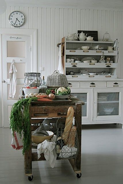 Toying with the idea of all freestanding pieces in a kitchen.  Could it really work without looking off?