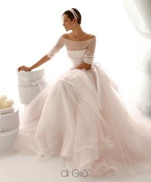 Bekijk De Foto Van Elsarblog Met Als El Mooie Jurk Om Weg Te Dromen Boat Neck Wedding Dressballerina Dressesretro Dressesballerina