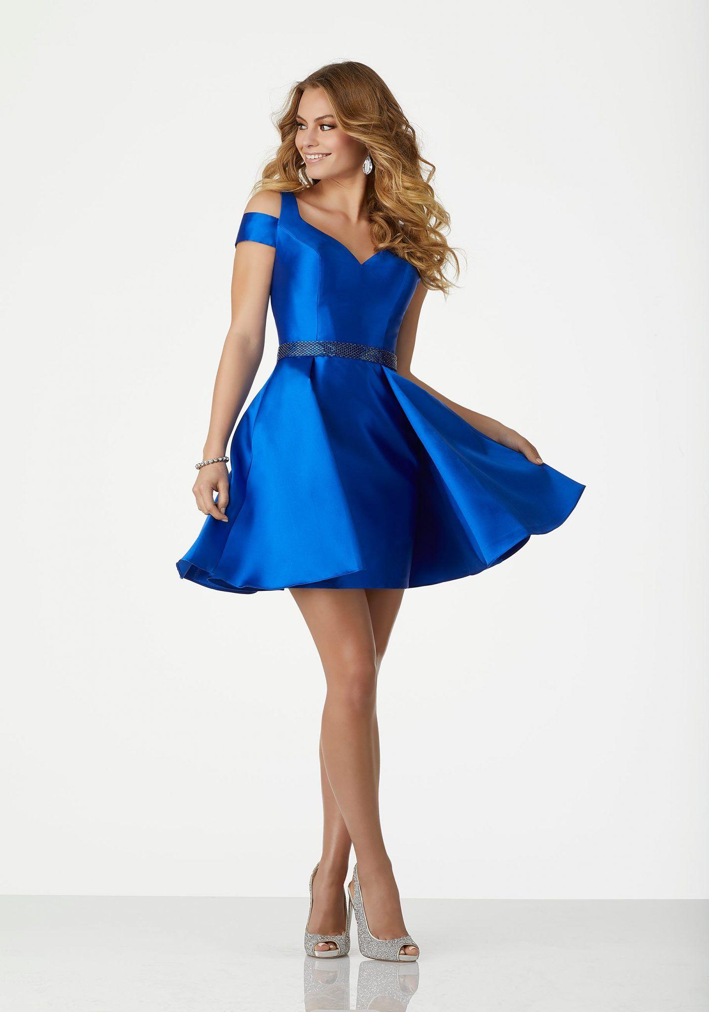 c0acc93d608d6 2018 Abiye Elbise Kısa Abiye Modelleri Saks Mavi Omuzlar Açık Saten Beli  Boncuk Kemerli