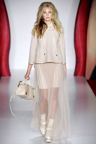 ... spring 2012 collection shown during London Fashion Week. Mulberry SS12 b0c993905e4ef