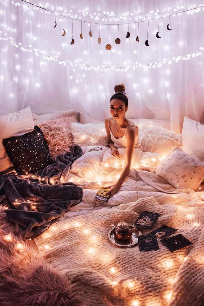 Photo of 21 idee di decorazione accoglienti con lucine in camera da letto Scopri di più su machess …