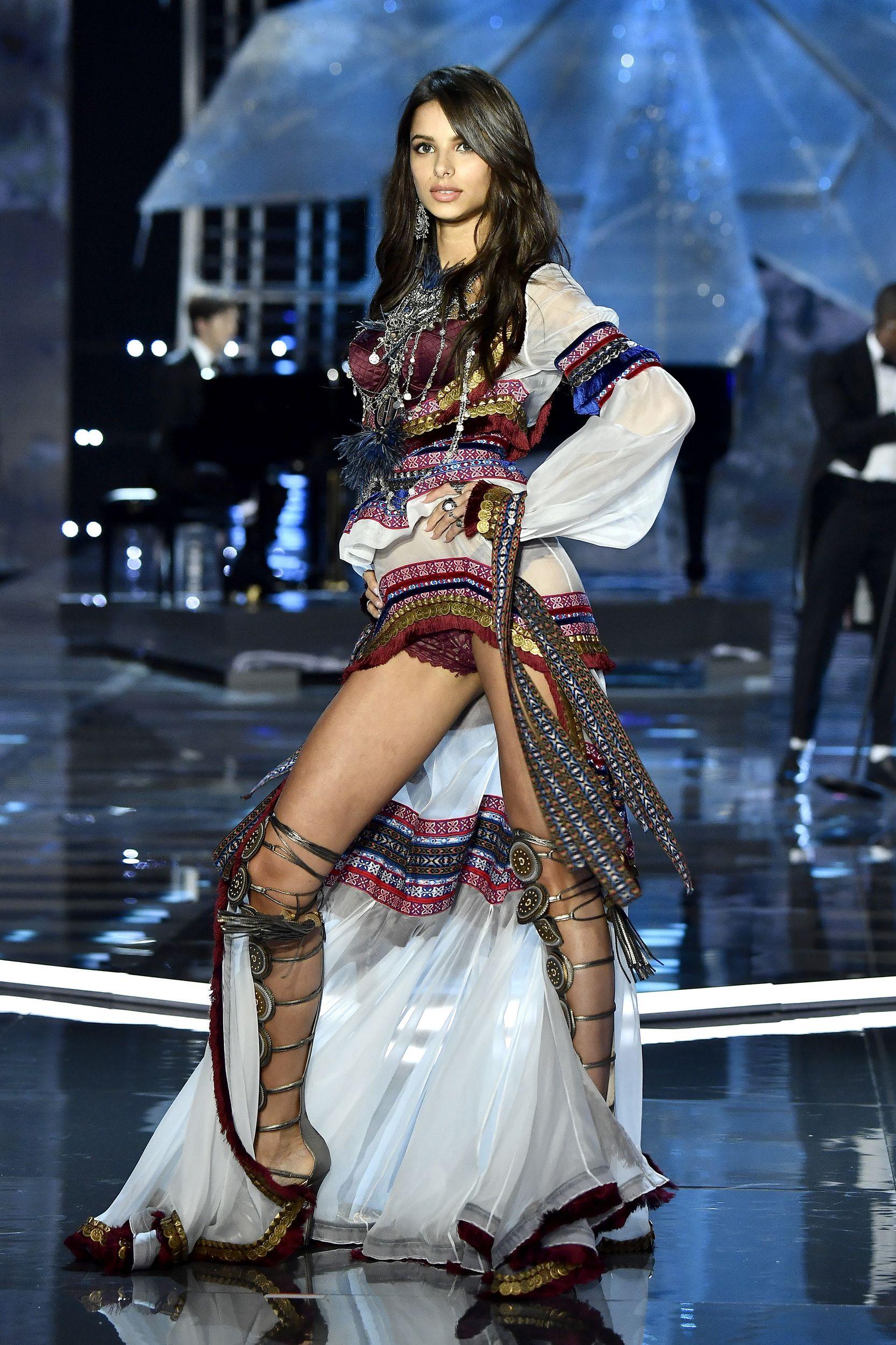 SHANGHAI, CHINA   NOVEMBER 20: Model Bruna Lirio Walks The Runway During  The 2017