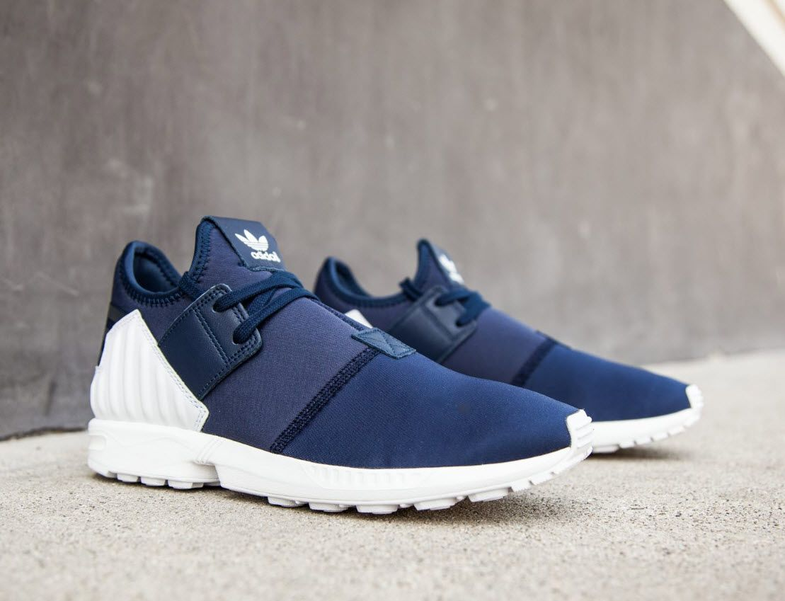 finest selection ecef0 88634 adidas Originals ZX Flux Plus  Collegiate Navy