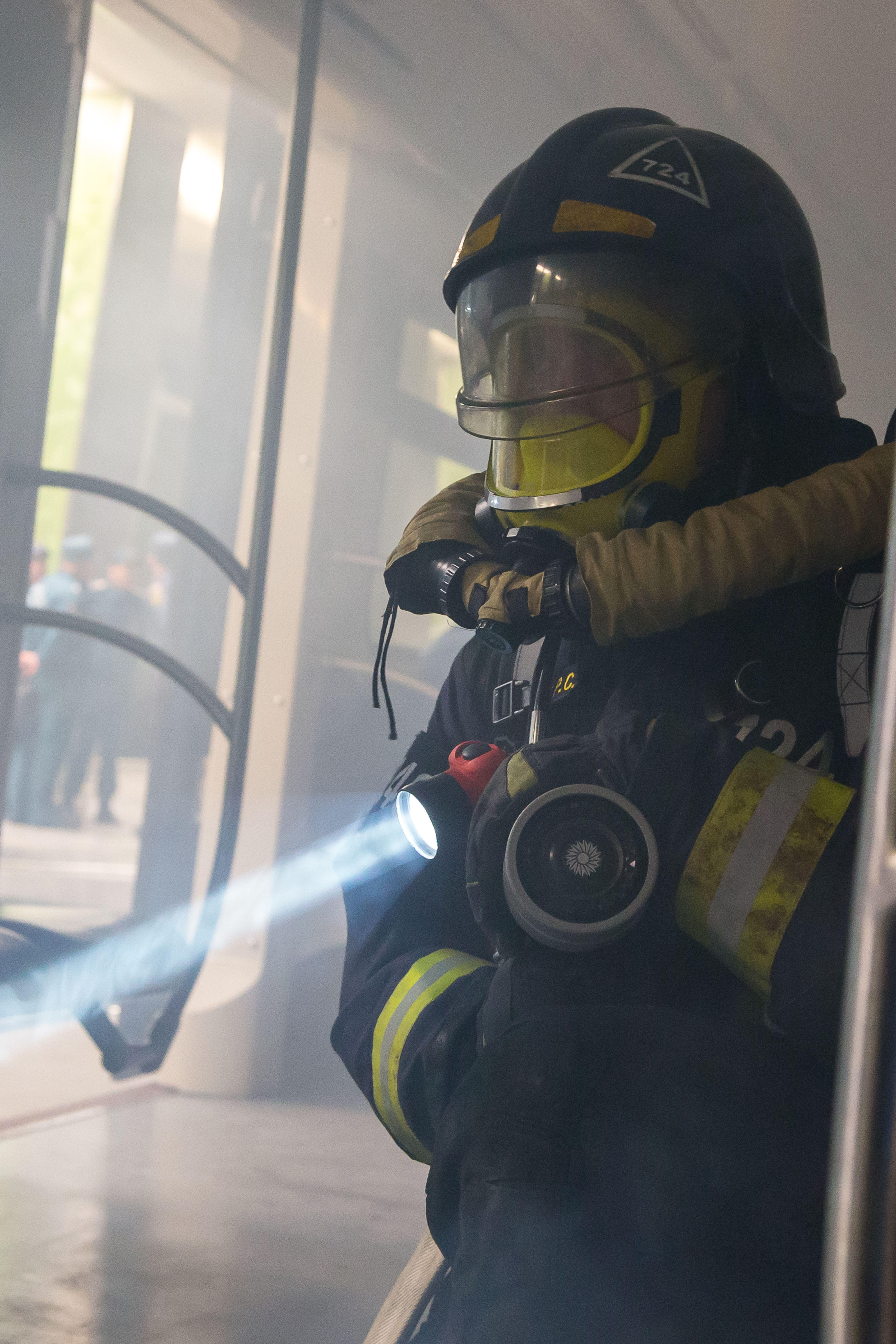 Pin von Mischa auf Feuerwehr Feuerwehr, H&s