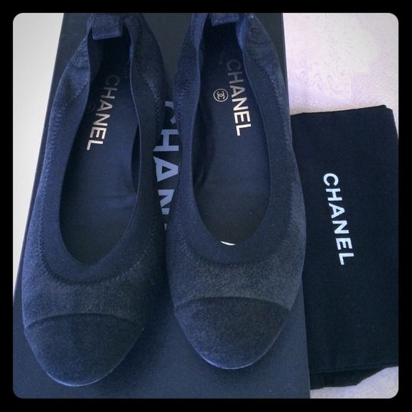 Chanel Balerinas black  NWT Chanel Balerinas black size 6B CHANEL Shoes