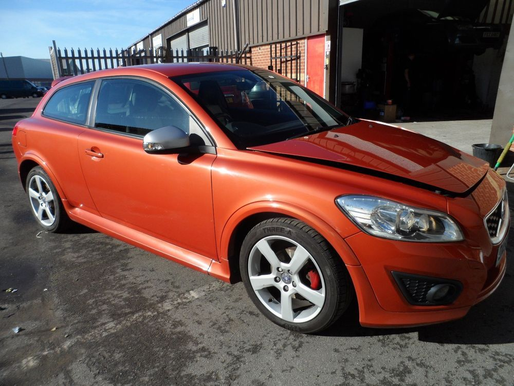 eBay: REDUCED 2009 VOLVO C30 R DESIGN SPORT FACELIFT DAMAGED SALVAGE