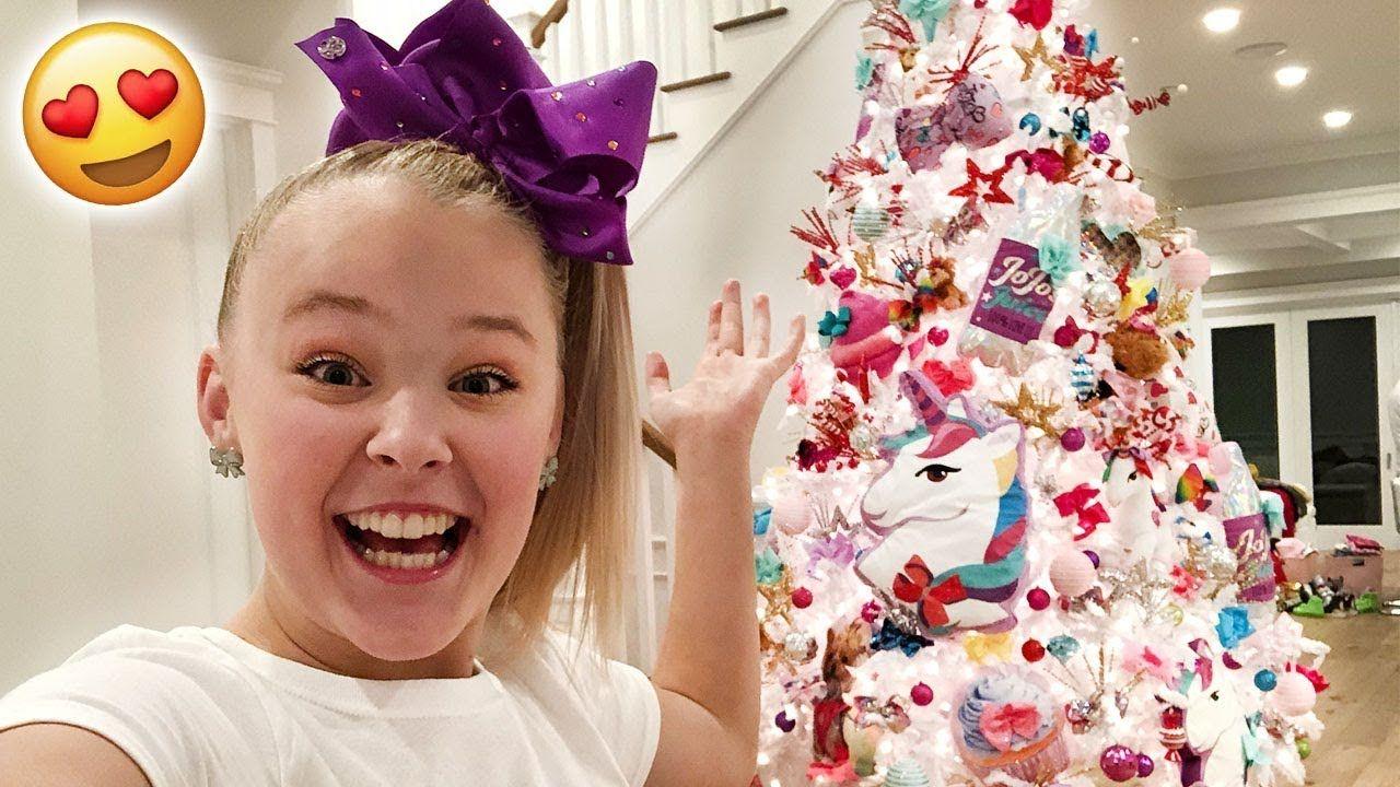 JOJO MERCH CHRISTMAS TREE!!! **AMAZING**   Jojo Siwa in 2018 ...
