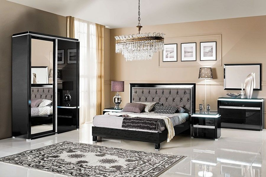 chambre coucher compl te noir laqu design deborah chambre adulte design ou contemporaine. Black Bedroom Furniture Sets. Home Design Ideas