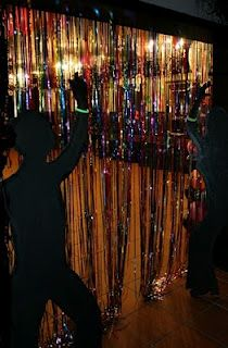 Enterance Of A Disco Party Love The Gold Garland See