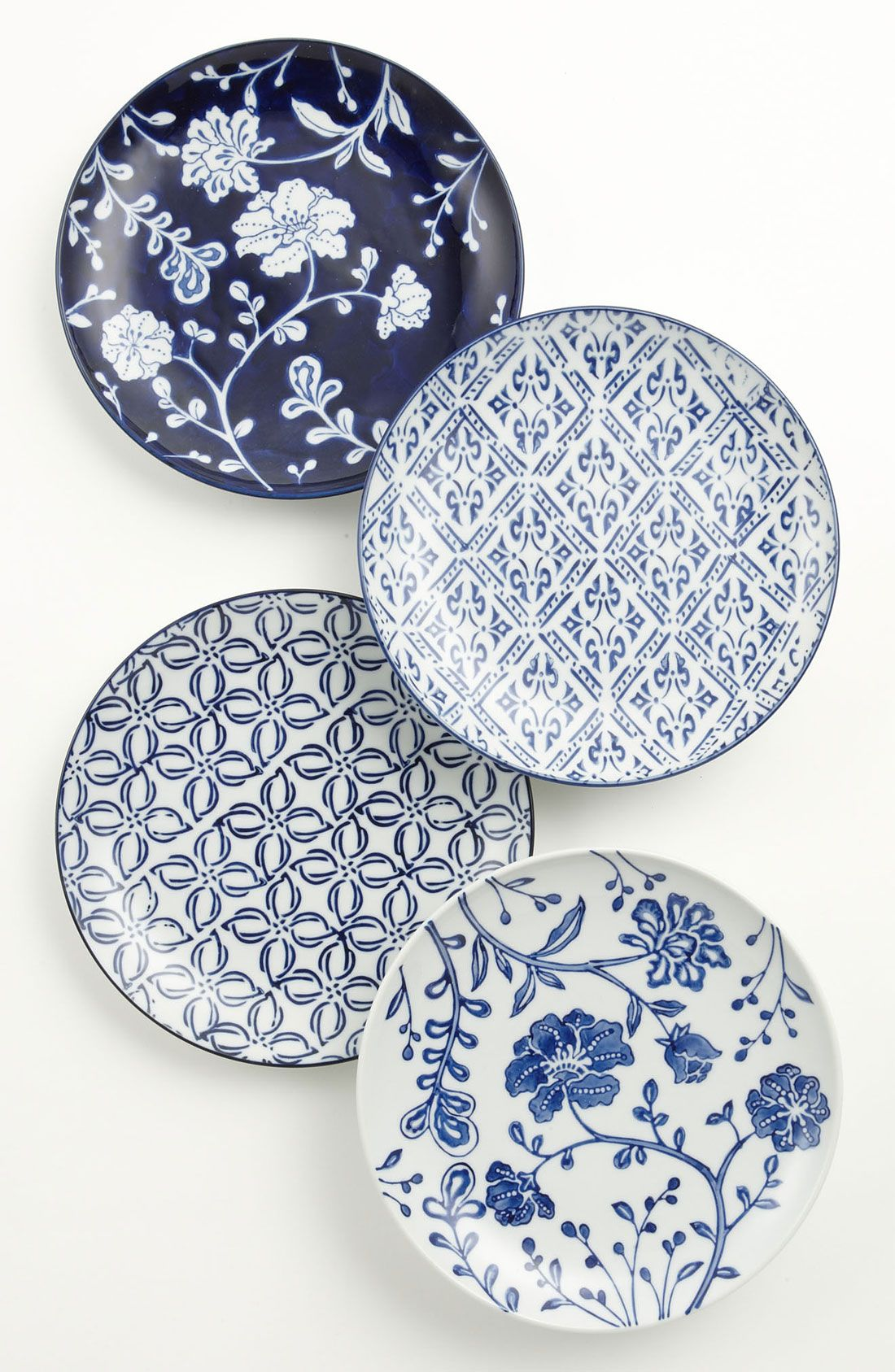 Free Shipping And Returns On Mixed Pattern Dessert Plates Set Of 4 At Nordstrom Com Classic Blue On White Designs Are H Vintage Plates Ceramic Plates Plates