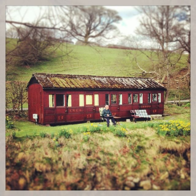Victorian Carriage House: Image For A Converted Victorian Railway Carriage