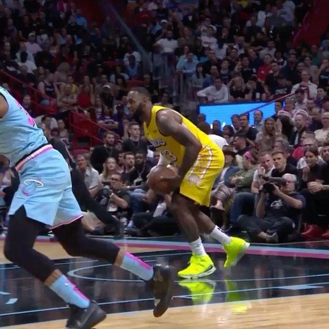 Touchdown     #NBA #Basketball #Lakers #Lebron #Followme #Lol #NBAMemes #Halloween #Athletes #Fitnes...