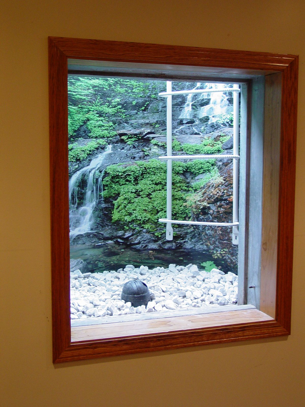 Creative Designs Of Basement Window Covers For Your Diy Project Basement Windows Window Well Basement Window Well