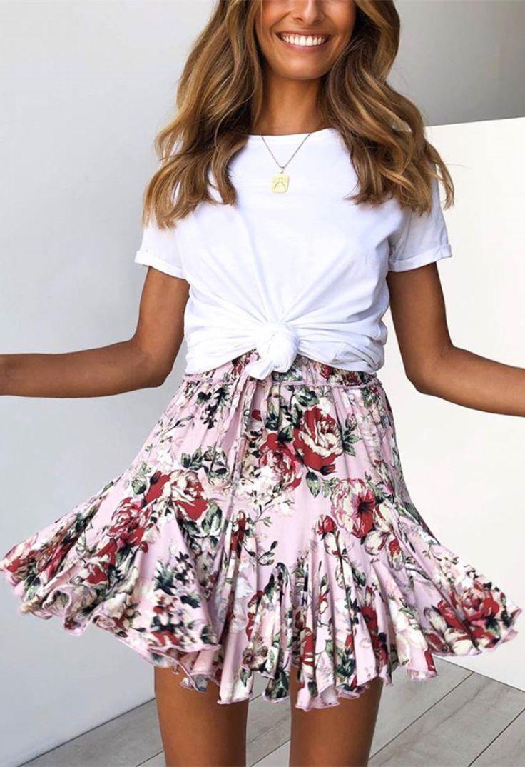 Photo of Pink floral print pull back mini skirt #flower print #miniskirt #draw #back