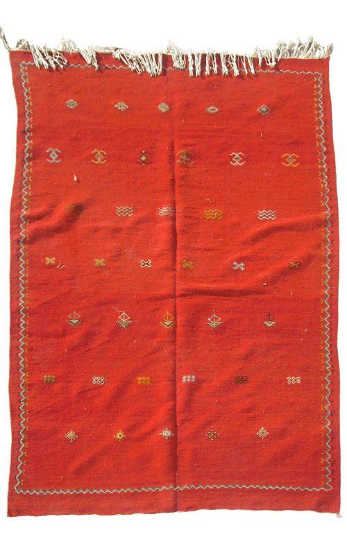Akhnif Tisse Et Brode 01 Artisanat Marocain Couvertures Kilim Et