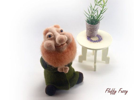 Needle Felted Brownie, Felted Wool Characters, Needle Felted People, Needle Felted Creatures, Felted Gnome, Soft Sculpture, Art Doll