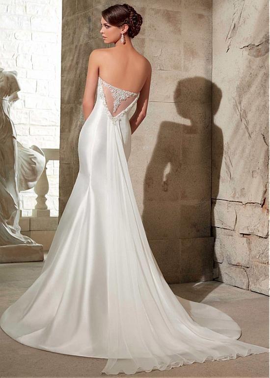 vestido con cola de velo   vestidos de novia