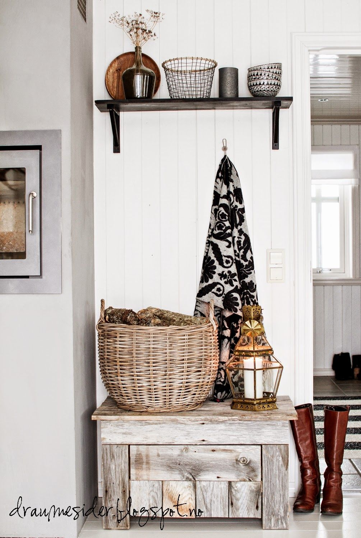 baul lamas palet | BAULES | Pinterest | Kitchens, Log cabin houses ...
