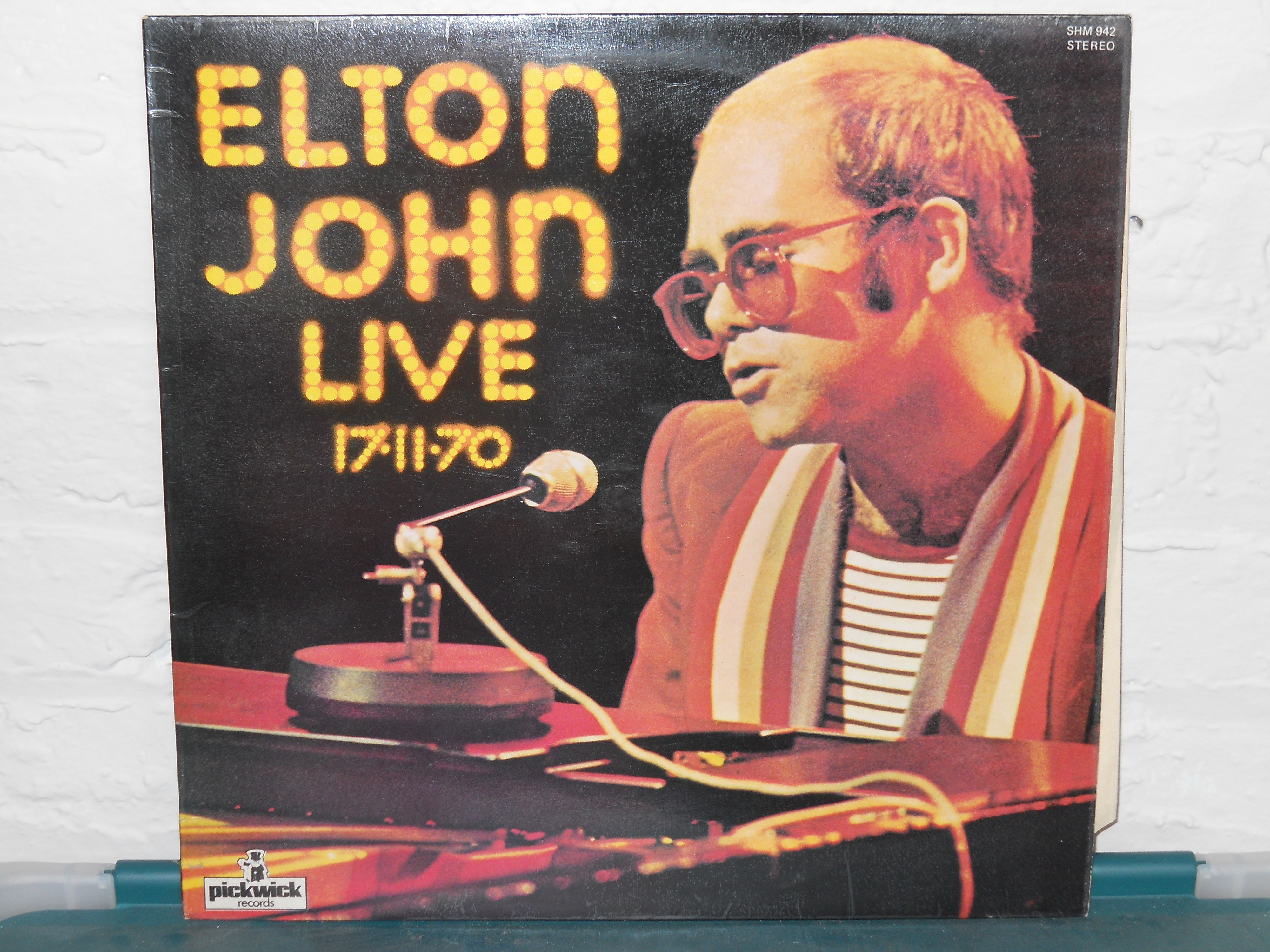 This Is The Uk Version Of 11 17 70 Which I Purchased On Vinyl Back In December Of 1978 Elton John Elton John Live Vinyl Record Shop