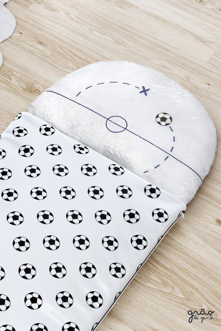 Aquele aconchego bom na hora de dormir! O Saco de dormir da coleção Futebol  Infantil e50c292651726