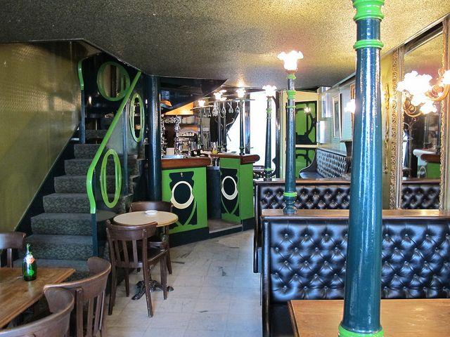 Café l'Absinthe - 2 place Vaucanson, Grenoble (38) by Yvette Gauthier, via Flickr
