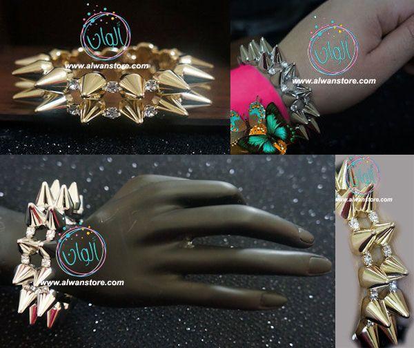 اسوارة سبايكي بونك لعشاق الموضة تحتوي على فصوص كريستال لامعة فري سايز صناعة كورية متوفرة باللون الذهبي والفضي السعر 35 ريا Ring Bracelet Class Ring Rings