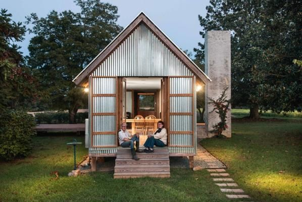 Inside The Tiny Wrinkly Tin House In 2019 Tiny Houses