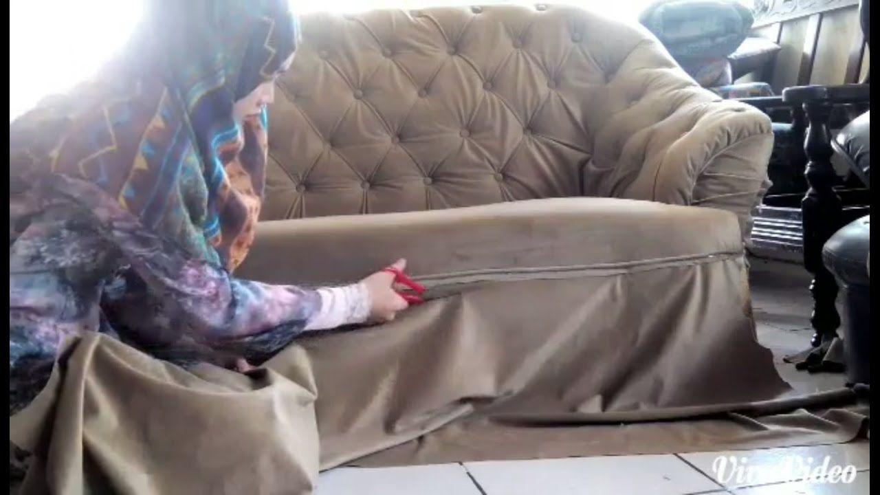 Diy Tufted Sofa Reupholster Makeover Youtube Sofa Reupholstered Tufted Sofa Tufted Sofa Diy