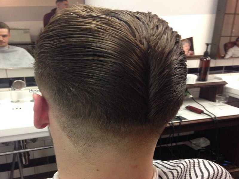 Hair style duck ass