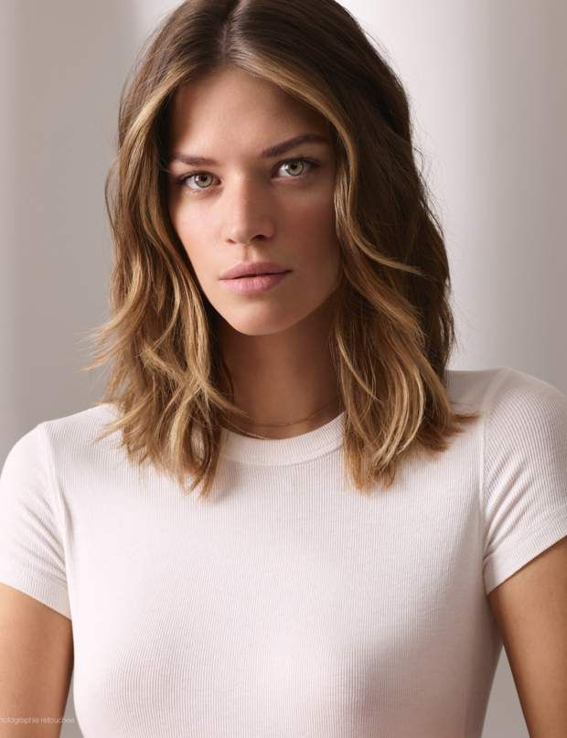 Cheveux mi-longs : 30 coupes et coiffures à adopter