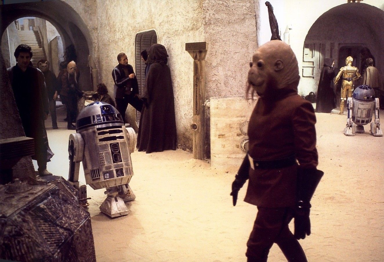 Image Result For Star Wars Background Characters Cantina