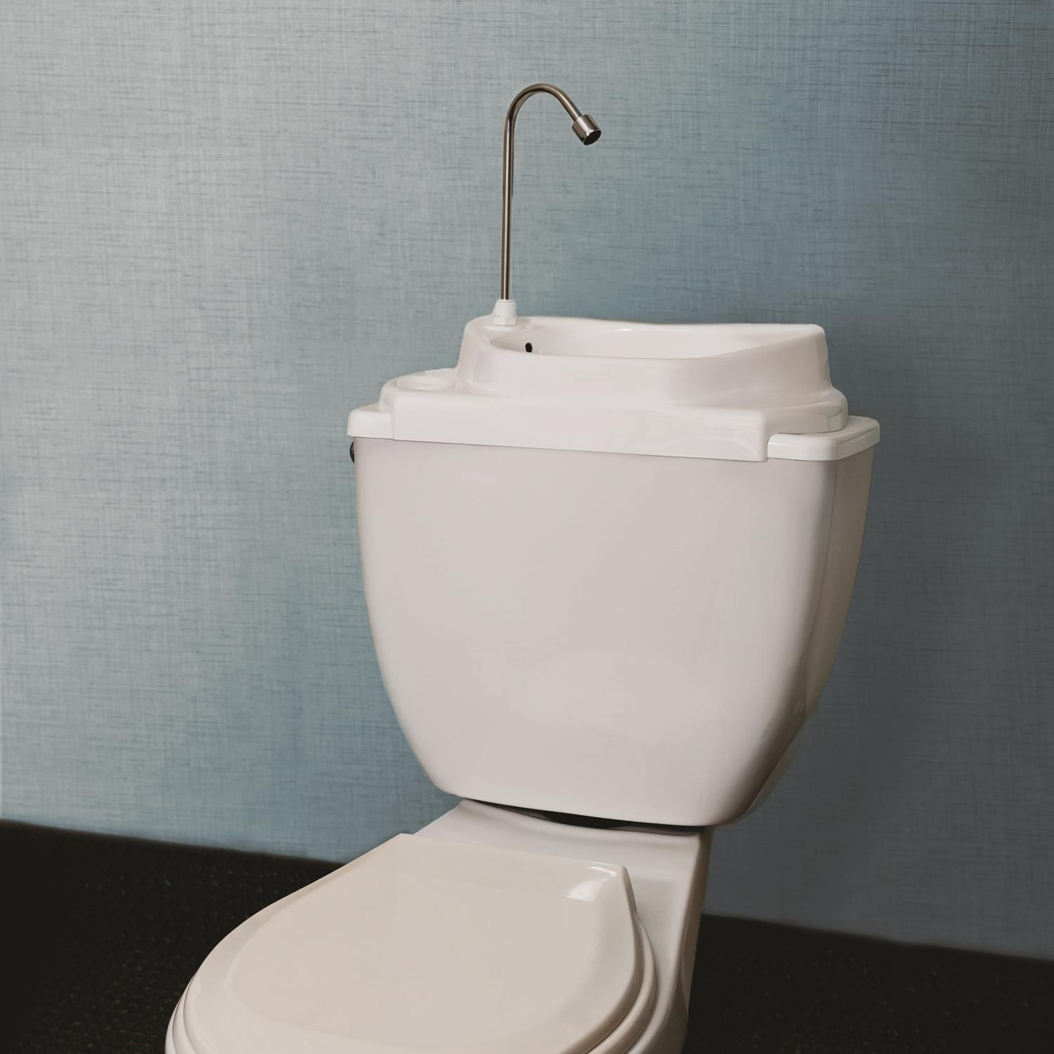 The Sinkpositive Basin Replaces Your Toilet Lid Water