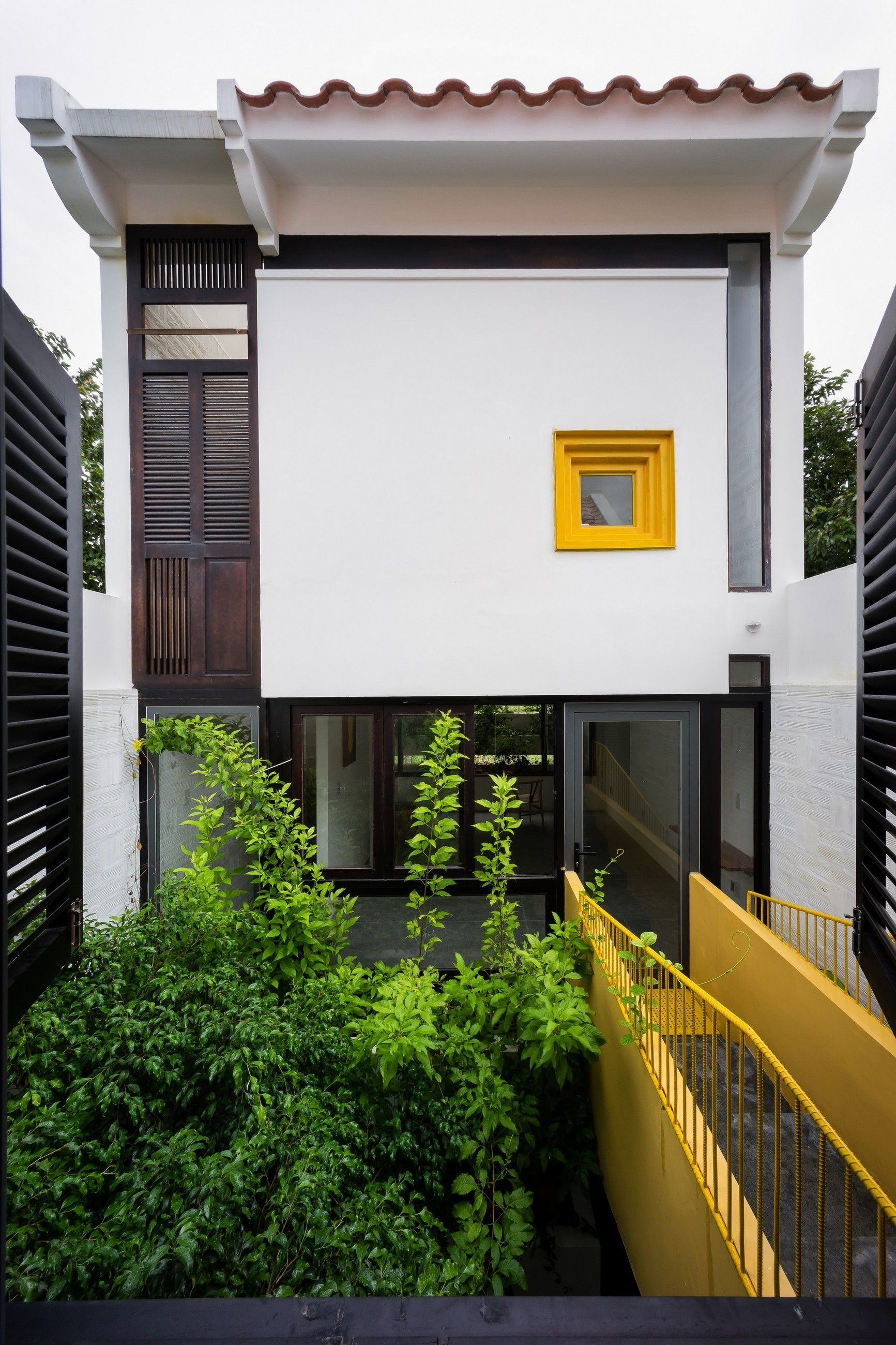 CAN THO HOUSE by LANDMAK ARCHITECTURE | house | Pinterest ...