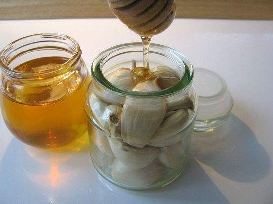 Garlic-honey elixir to fight the flu - oneJive