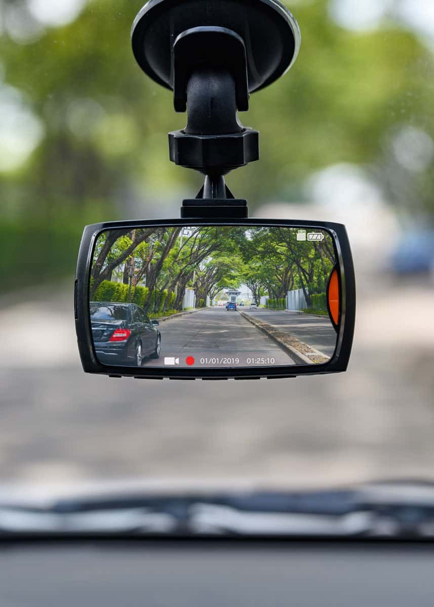 How To Use Gopro As Dash Cam And A Better Way Best Settings Gear Tips Dashcam Adventure Camera Gopro