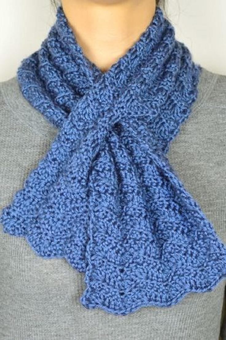 Crochet Pattern: Subtle Chevron Keyhole Scarf | Puntadas de ...
