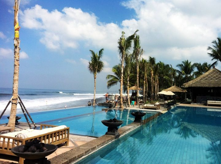 If you are looking for discreet service in a quality resort then look no further than The Legian Bali Hotel in Badung, Bali