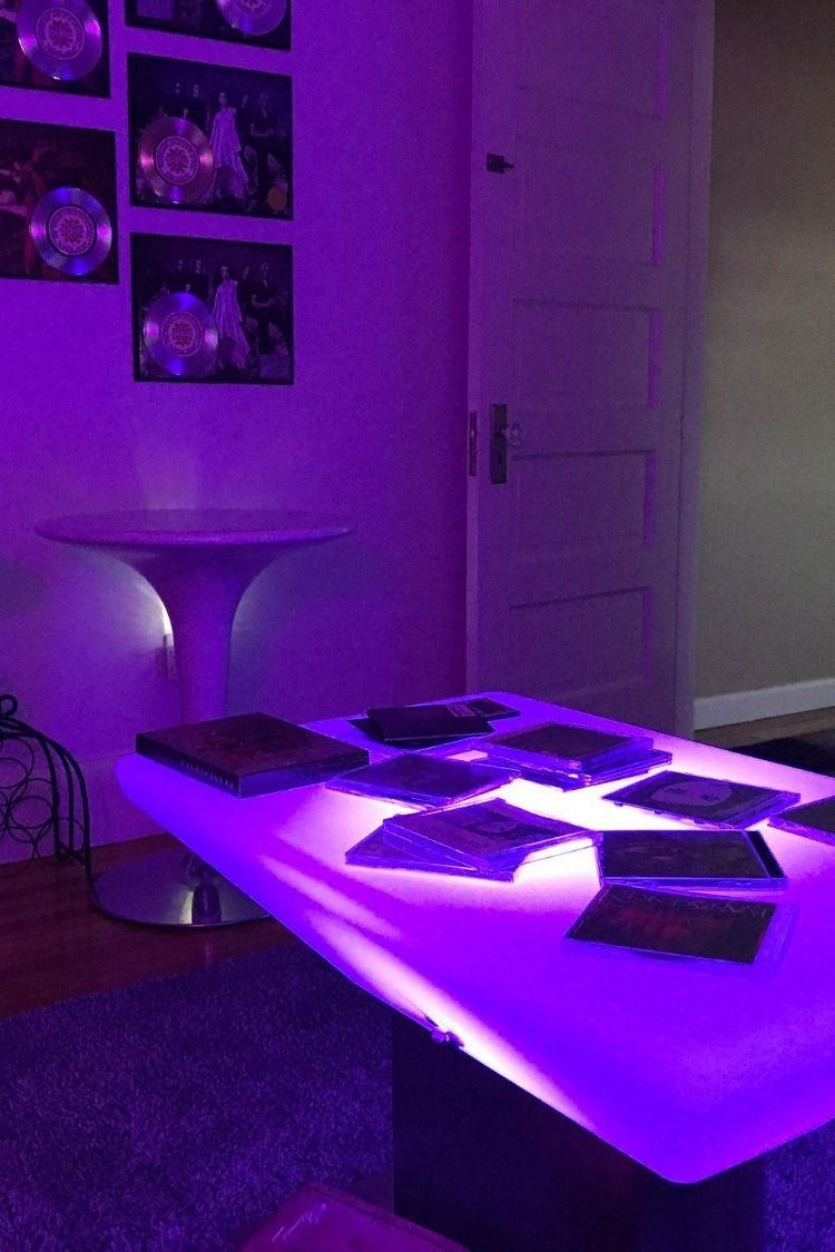 34 5 Coffee Table W Led Lighting 16 Color Options Rechargeable Battery White Led Furniture Led Lighting Bedroom Decor [ 1125 x 750 Pixel ]